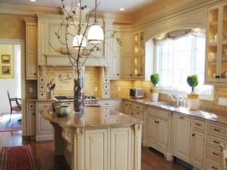 Luxury Tuscan Kitchen Design Ideas 19