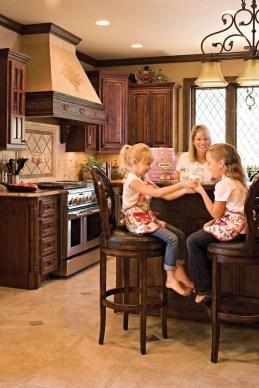 Luxury Tuscan Kitchen Design Ideas 46