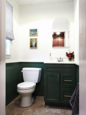 Outstanding DIY Bathroom Makeover Ideas On A Budget 33
