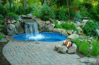 Popular Small Swimming Pool Design On A Budget 04