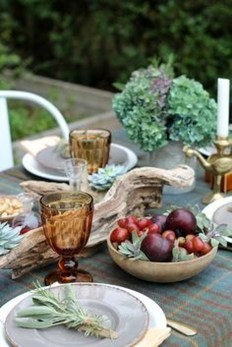 Simple Fall Table Decoration Ideas 15