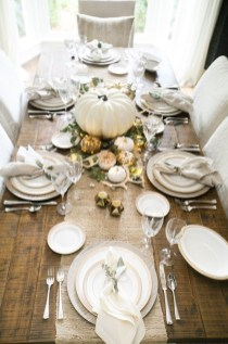 Simple Fall Table Decoration Ideas 21