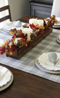 Simple Fall Table Decoration Ideas 31