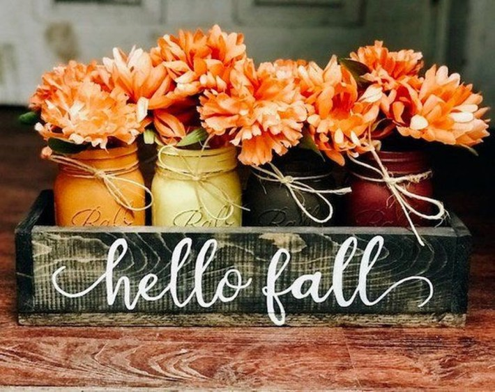 Simple Fall Table Decoration Ideas 53