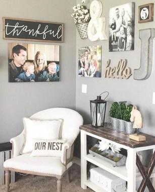 Stunning Living Room Wall Decoration Ideas 08