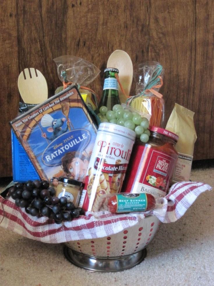 Stylish DIY Wine Gift Baskets Ideas 16