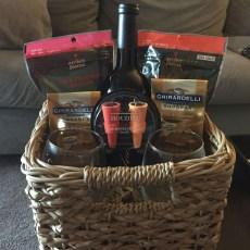 Stylish DIY Wine Gift Baskets Ideas 22
