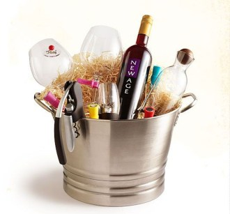 Stylish DIY Wine Gift Baskets Ideas 26
