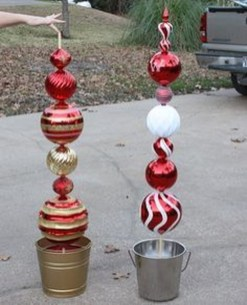 Super Easy DIY Christmas Decor Ideas For This Year 39