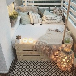 Unique Apartment Small Porch Decorating Ideas 22