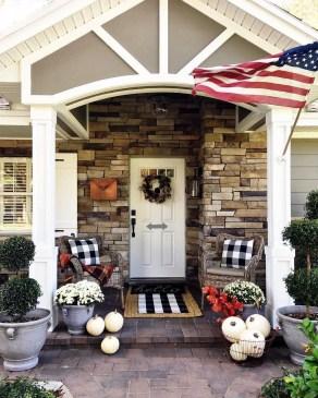 Unique Apartment Small Porch Decorating Ideas 35