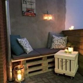 Unique Apartment Small Porch Decorating Ideas 39