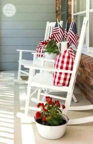 Unique Apartment Small Porch Decorating Ideas 47