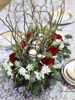 Amazing Christmas Centerpieces Decoration Ideas 20