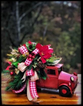 Amazing Christmas Centerpieces Decoration Ideas 51