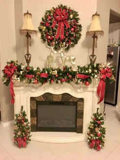 Awesome Fireplace Christmas Decoration To Makes Your Home Keep Warm 03
