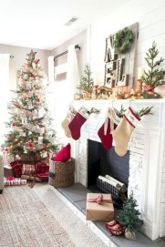 Awesome Fireplace Christmas Decoration To Makes Your Home Keep Warm 29