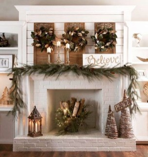 Awesome Fireplace Christmas Decoration To Makes Your Home Keep Warm 53