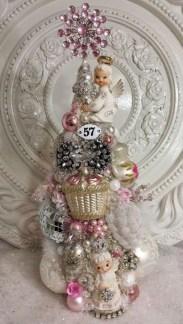 Beautiful Vintage Christmas Decoration Ideas 50