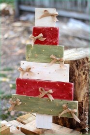 Cool Wood Christmas Decoration You Will Love 29