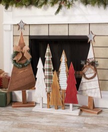 Cool Wood Christmas Decoration You Will Love 37