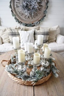 Cozy Rustic Winter Decoration For Your Home 23