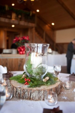Cozy Rustic Winter Decoration For Your Home 33
