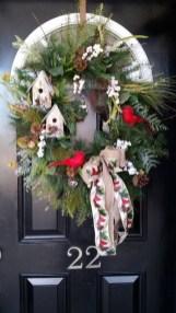 Easy DIY Outdoor Winter Wreath For Your Door 02