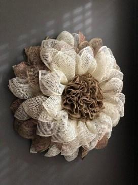 Easy DIY Outdoor Winter Wreath For Your Door 18