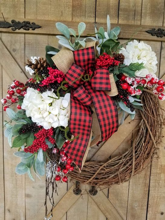 Easy DIY Outdoor Winter Wreath For Your Door 24