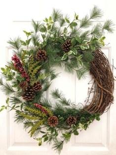 Easy DIY Outdoor Winter Wreath For Your Door 48