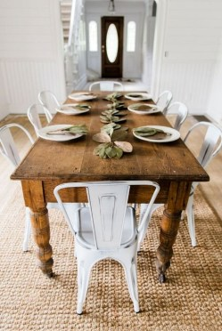 Easy Rustic Farmhouse Dining Room Makeover Ideas 47