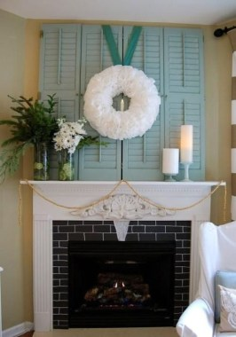 Favorite Mantel Decoration Ideas For Winter 36