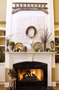 Favorite Mantel Decoration Ideas For Winter 53