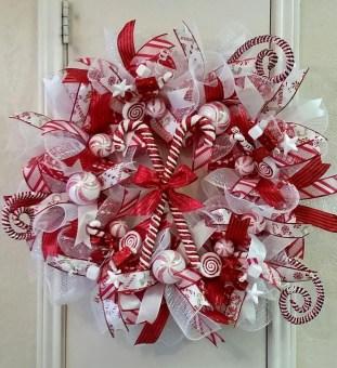 Fun Candy Cane Christmas Decoration Ideas 22