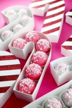 Fun Candy Cane Christmas Decoration Ideas 38