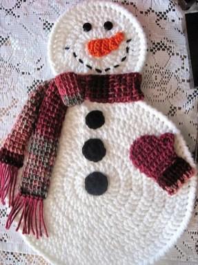 Interesting Snowman Winter Decoration Ideas 06