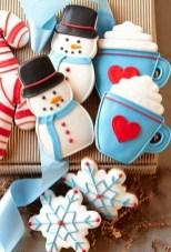 Interesting Snowman Winter Decoration Ideas 11