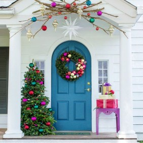 Joyful Front Porch Christmas Decoration Ideas 02