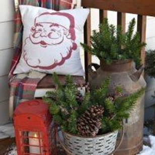 Joyful Front Porch Christmas Decoration Ideas 12