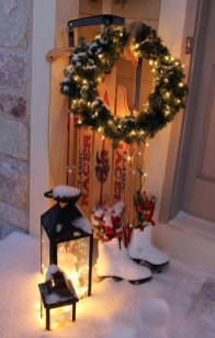 Joyful Front Porch Christmas Decoration Ideas 14