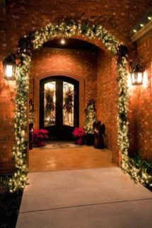 Joyful Front Porch Christmas Decoration Ideas 19