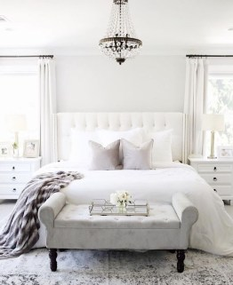 Minimalist But Beautiful White Bedroom Design Ideas 22