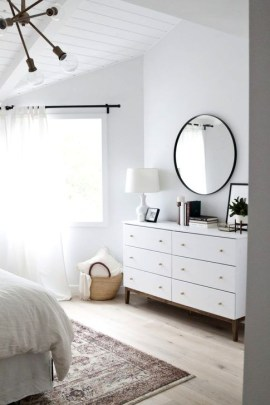 Minimalist But Beautiful White Bedroom Design Ideas 42