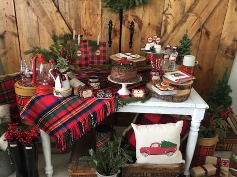 Most Popular Christmas Table Decoration Ideas 06