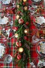 Most Popular Christmas Table Decoration Ideas 10