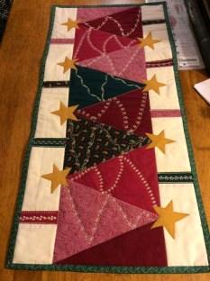 Most Popular Christmas Table Decoration Ideas 39