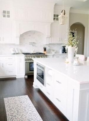 Perfect White Kitchen Design Ideas 16