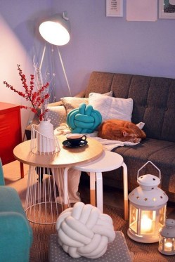Simple And Easy DIY Winter Decor Ideas For Your Apartment 17
