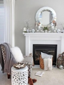 Simple And Easy DIY Winter Decor Ideas For Your Apartment 19